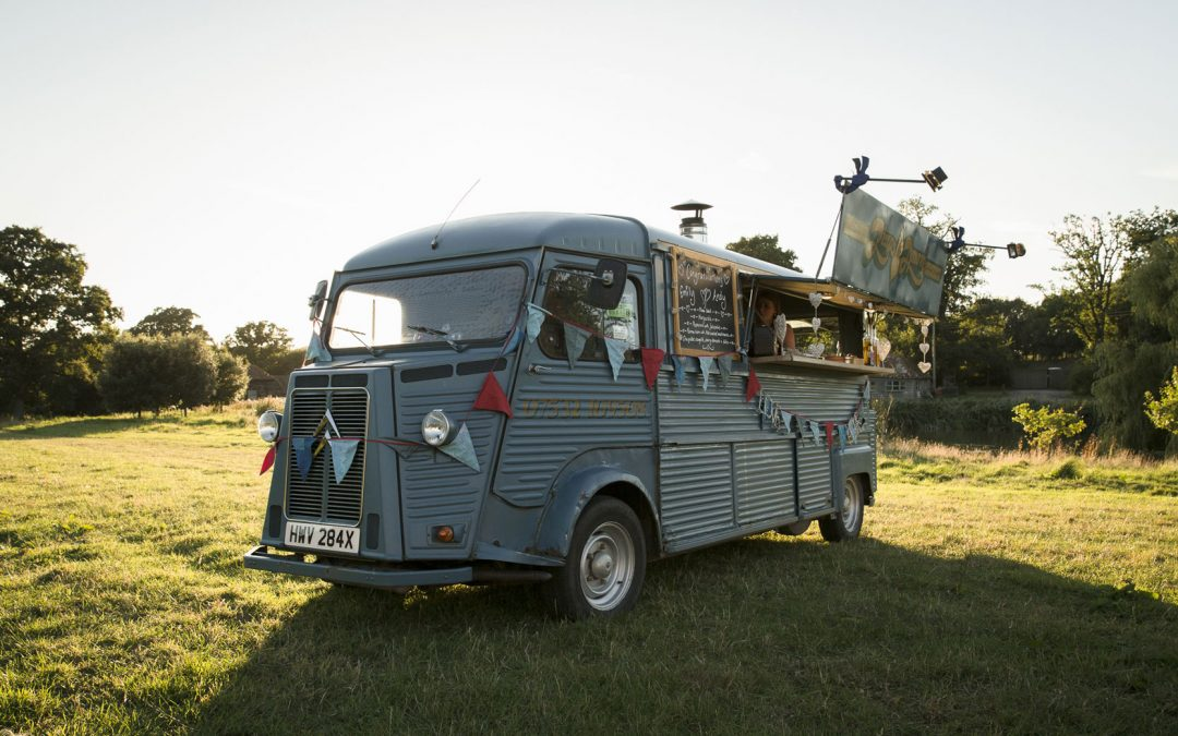 STREET FOOD IDEAS FOR YOUR TIPI WEDDING