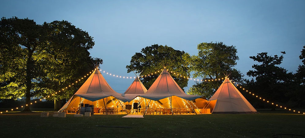 Why a tipi wedding package is a great choice for your wedding